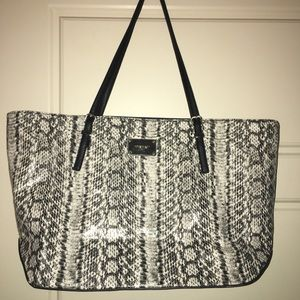 Nine West tote.
